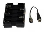 Virtalähde antennivahvistimille, 15 V, F uros liitin, toimii 10 x AA paristolla