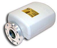 Invacom SNF-031 Single Universal LNB mikropää, 0,3 dB, C120 laippakiinnitys - ASIAKASPALAUTUS