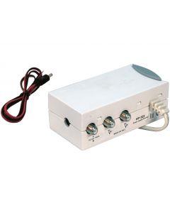 Triax IFP522 virtalähde antennivahvistimille, ottaa virran 12 V / 24 V akulta tai 230 V verkkovirrasta, 2 ulostuloa